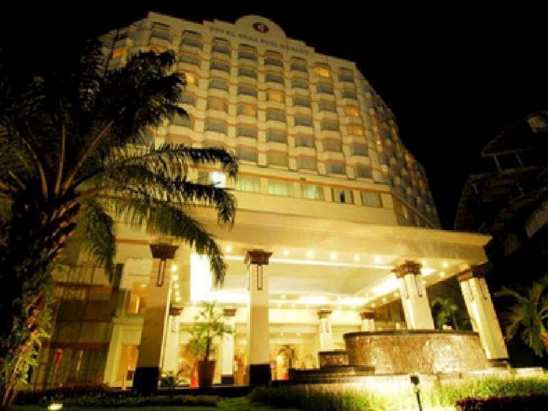 Gran Puri Manado Hotel