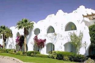 Domina Aquamarine Hotel And Resort