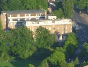 關於布施豪森頂級酒店 (TOP Hotel Buschhausen)