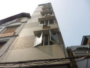 Tan Long Apartment - Au Co