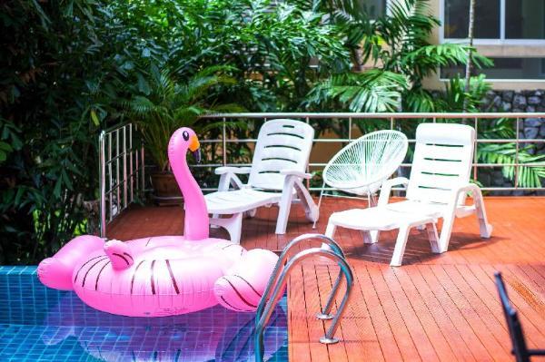 卡伦泰式三层泳池海景别墅 送接机Karon 3bedrooms seaview pool villa Phuket