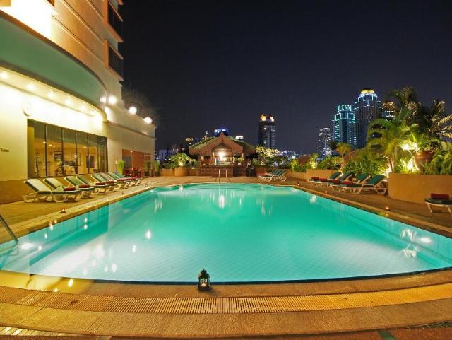 โรงแรมรามาดา เดมา – Ramada D'ma Bangkok Hotel