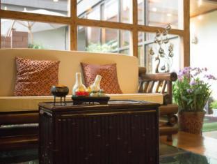 Bliston Suwan Parkview Hotel Bangkok - Therapeutic Massage by Na Gaya