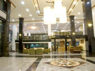 C H Hotel Chiang Mai - Lobby area