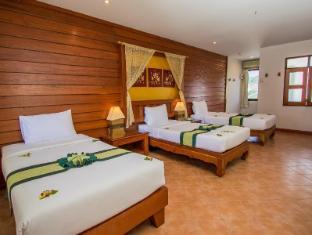 Bel Aire Resort Phuket - Superior Triple