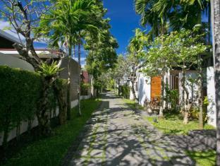 Malisa Villa Suites Hotel Phuket - Surroundings