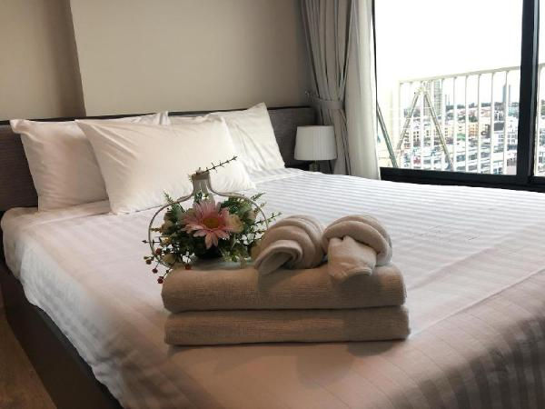 #259, A14 NEW! DOWNTOWN  LUX CONDO WITH SKY POOL Pattaya