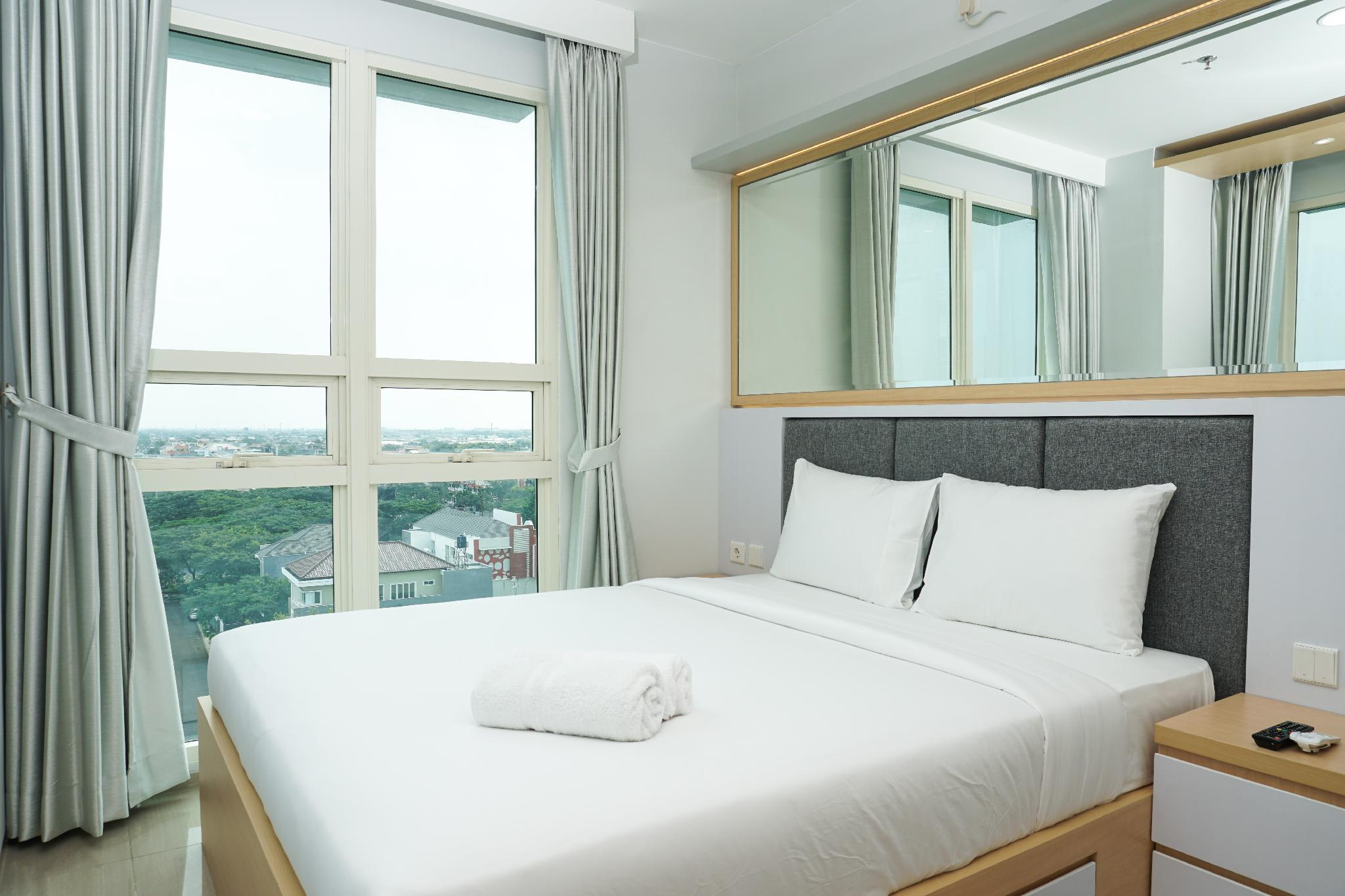 Modern 2BR Apt At Citra Lake Suites By Travelio