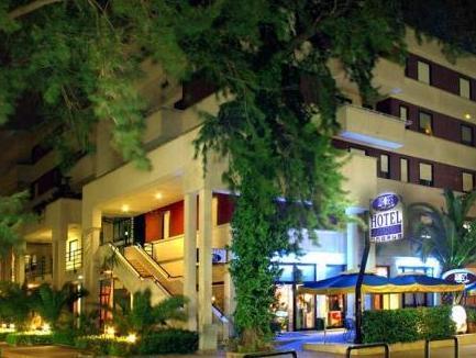 Hotel Blue Rose's