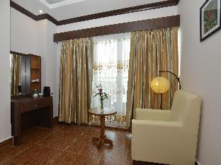 Grand Waterfront Hotel