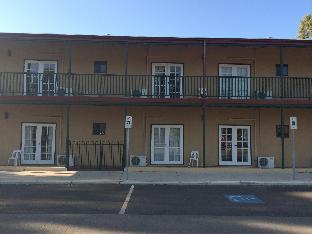 Avon Accommodation York