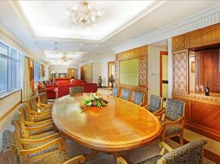 Golden Crown China Hotel Makao - Apartman