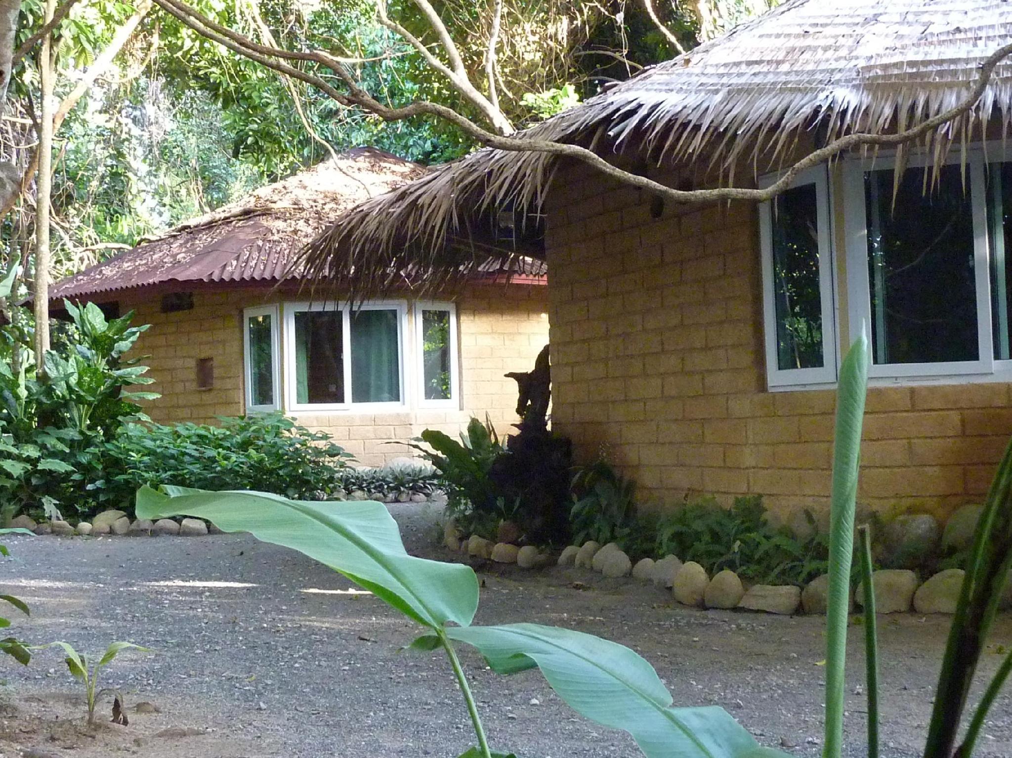 Baandin Chiewlarn Resort บ้านดินเชี่ยวหลาน