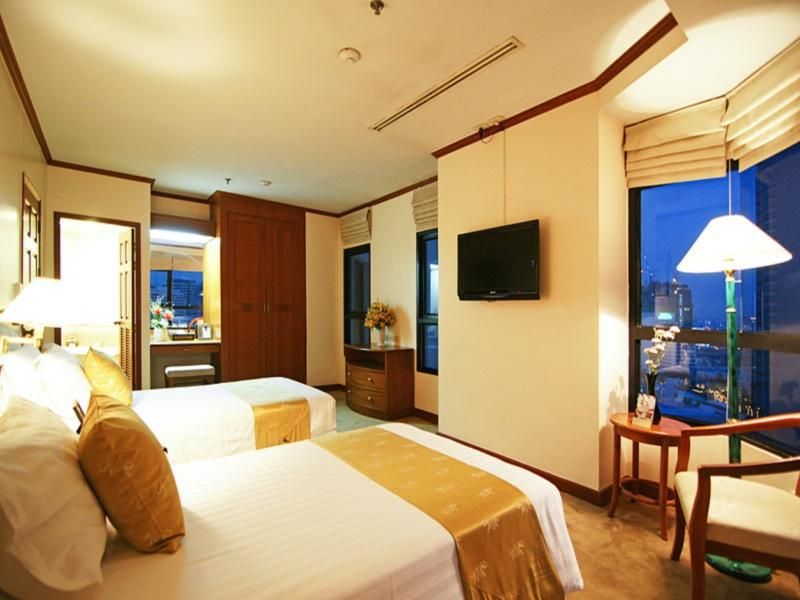 Grand Diamond Suites Hotel แกรนด์ไดมอนด์สวีทส์โฮเต็ล