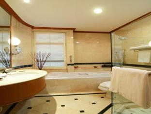 Grand Diamond Suites Hotel Bangkok - Grand Diamond Penthouse Bathroom