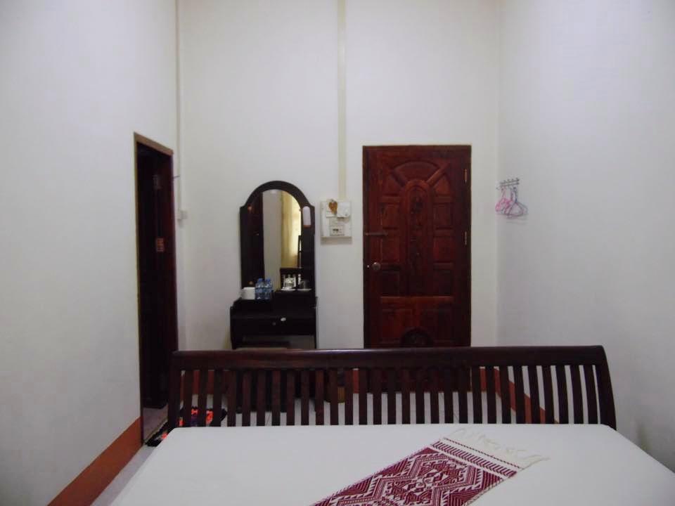 Sengalee Hotel