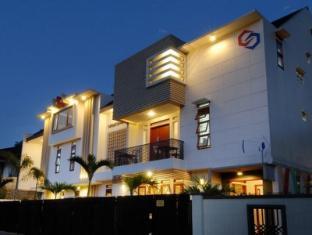 Rumah Tawa Hotel Syariah