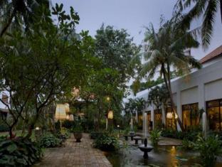 Bumi Surabaya City Resort Surabaya - Exterior
