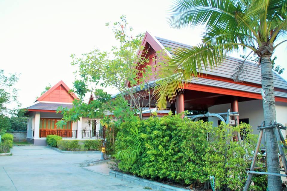 Ban Thaithip Resort บ้านไทยทิพย์ รีสอร์ท
