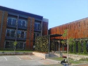 Pocket Park Chaiyaphum Apartment