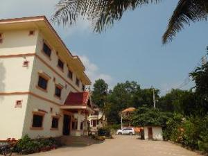Xayxana 1 Hotel