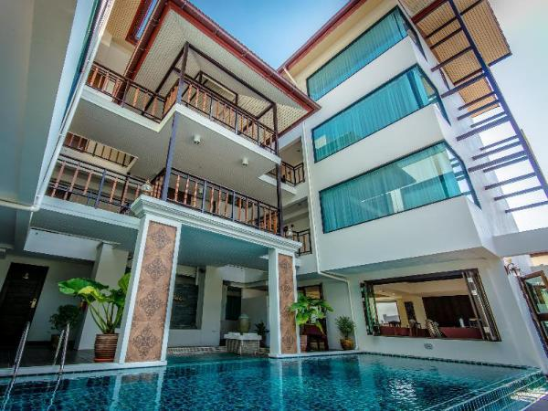 Golden Bell Hotel Chiang Mai