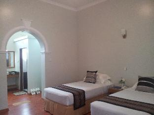 WEStay @ The Grand Nyaung Shwe Hotel 3