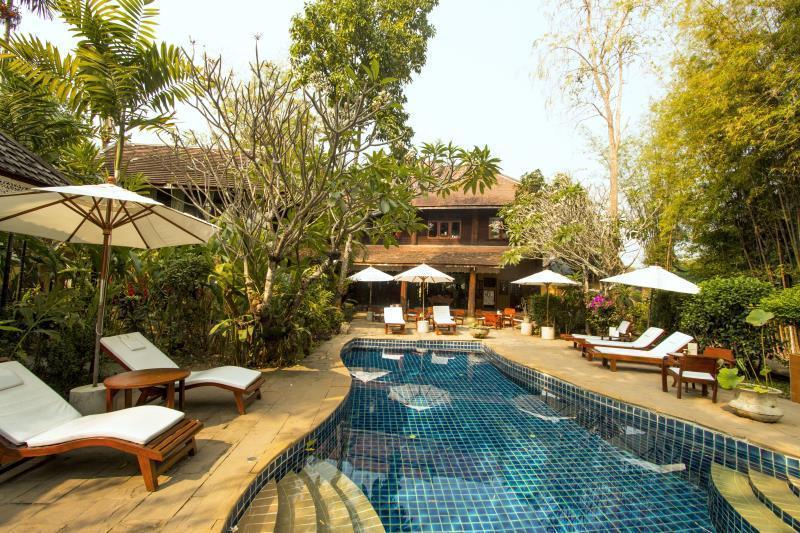 Ban Sabai Village Resort & Spa บ้านสบาย วิลเลจ รีสอร์ท แอนด์ สปา