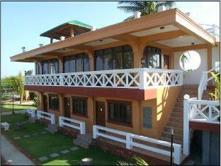 picture 1 of Punta Riviera Resort