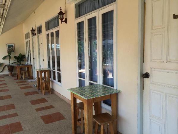 Ban Bangnangrom Hotel Prachuap Khiri Khan
