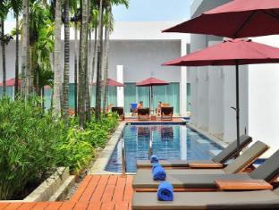Kata Lucky Villa & Pool Access Phuket - A szálloda kívülről