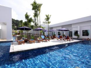 Kata Lucky Villa & Pool Access Phuket - Utsiden av hotellet
