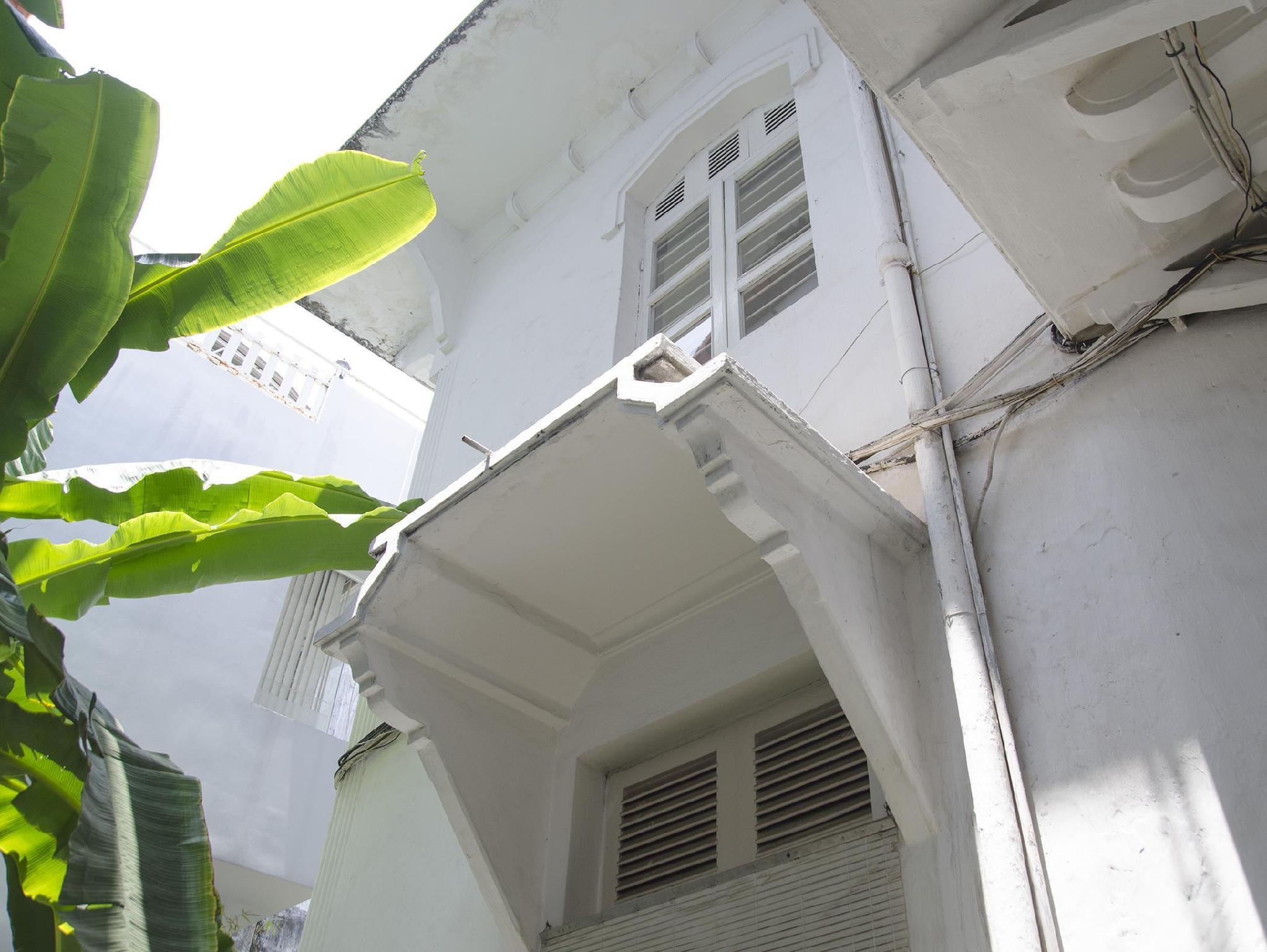 French Villa In Saigon Centre