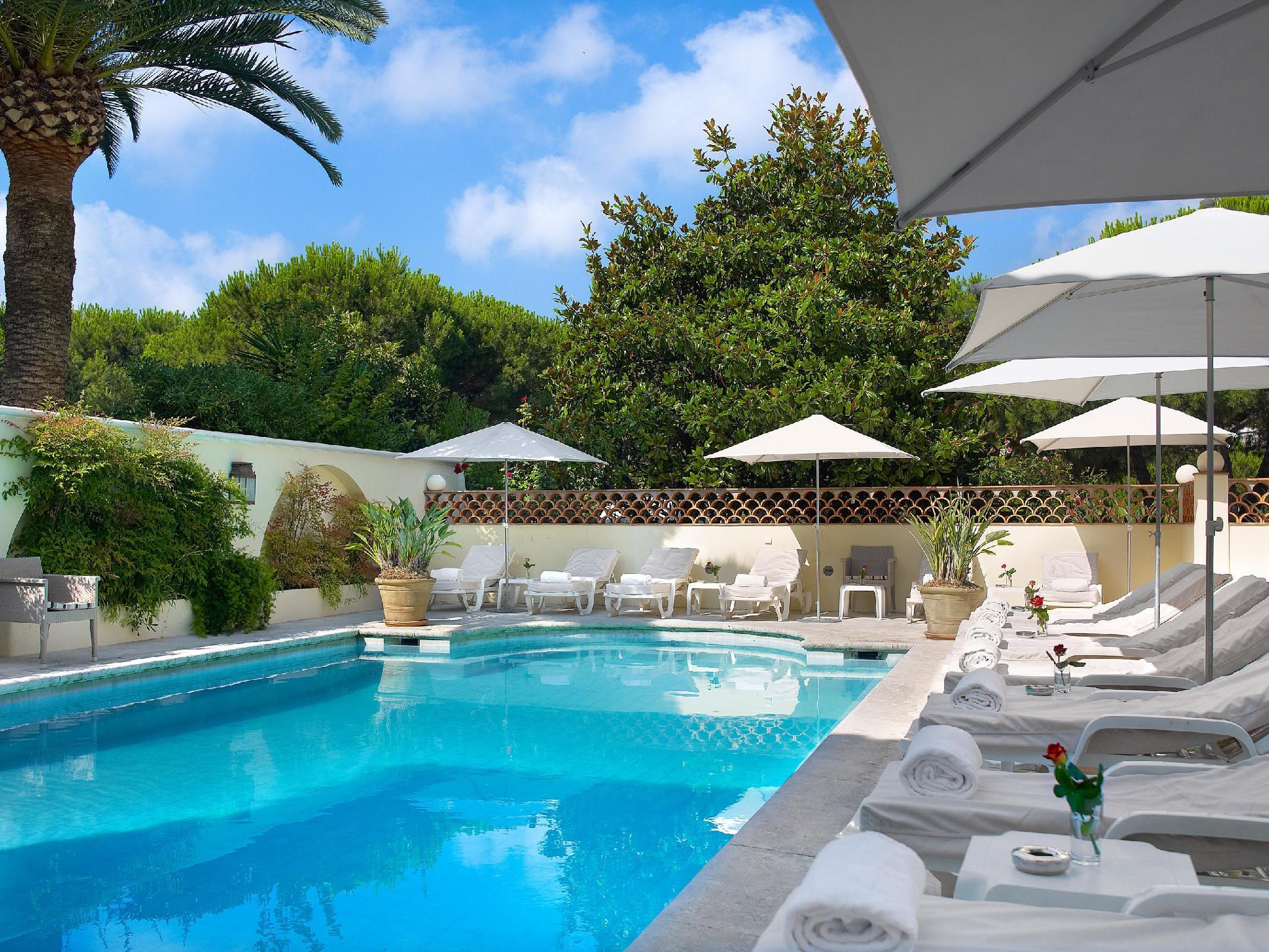 Juan-les-pins Hotels - France