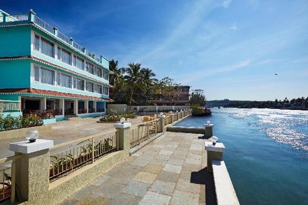Indy Waterfront Resort Goa