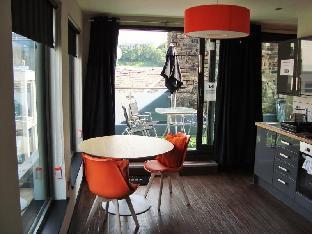 CODE - POD Hostel Edinburgh