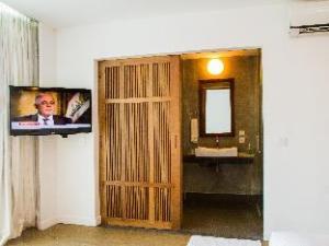 Busaba Suite @ OC Boutique