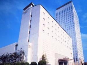 โอคุระ ฟร้อนเทียร์ โฮเต็ล เอบิน่า (Okura Frontier Hotel Ebina)