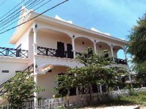 Yommalay Guesthouse