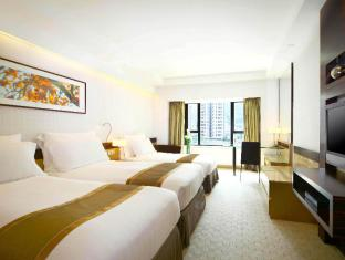 Royal Park Hotel Hong Kong - Grand Triple Room (3 Single beds)