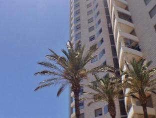 /sl-si/arendaizrail-apartments-yoseftal-street-3/hotel/tel-aviv-il.html?asq=vrkGgIUsL%2bbahMd1T3QaFc8vtOD6pz9C2Mlrix6aGww%3d