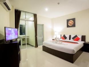 The Elegant Patong Hotel