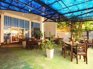 Yoho Sahasra Hotel