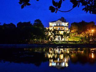 picture 1 of Villa de Sierra Vista