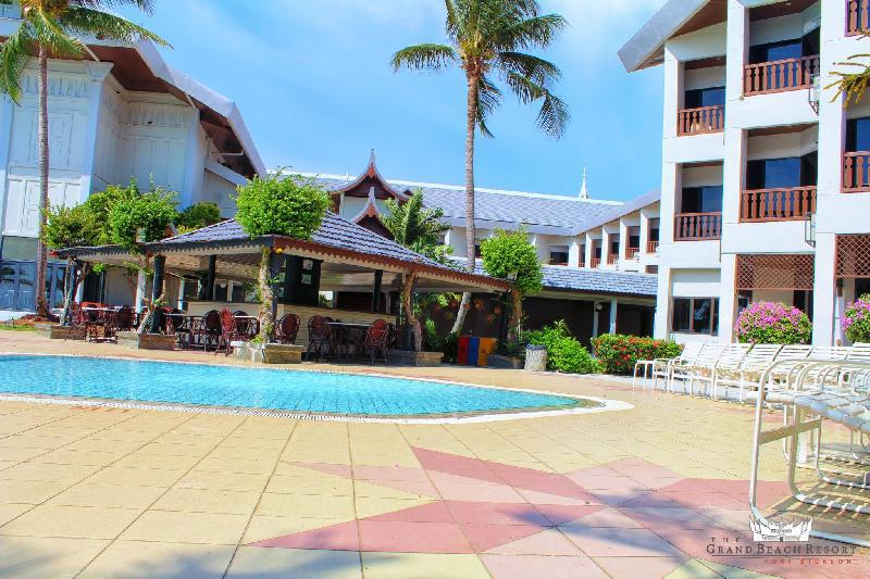 The Grand Beach Resort Hotel Port Son