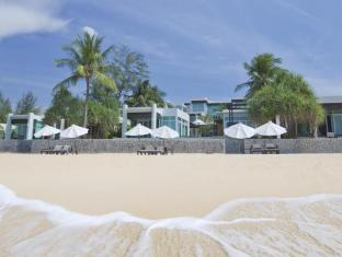 Aleenta Resort Phuket - Beach