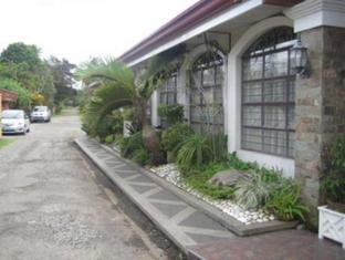 picture 4 of G and E Garden Pavilion  and La Verandah Hotel