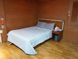 Goodstay Roma Motel