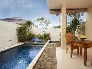 Palm Leaf Villa
