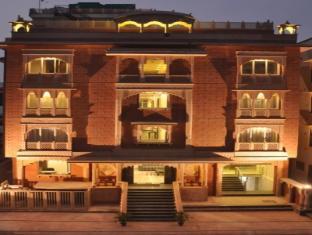Hotel Heritage Heights